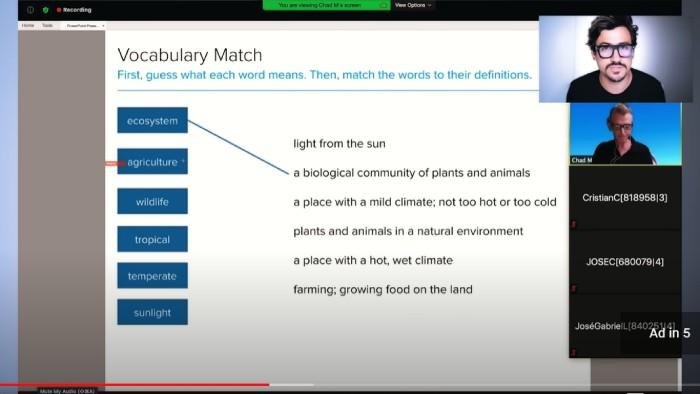 Andres En Ingles Youtuber haciendo una leccion de vocabulario de Open English